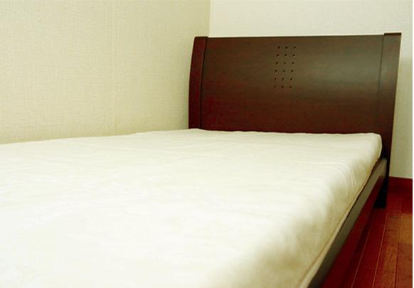 ベッドに敷く